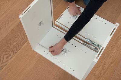 montage schrank massgeschneiderte m bel. Black Bedroom Furniture Sets. Home Design Ideas